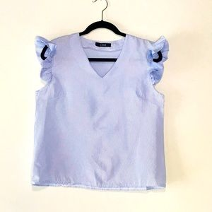 CBR blue and white top size M